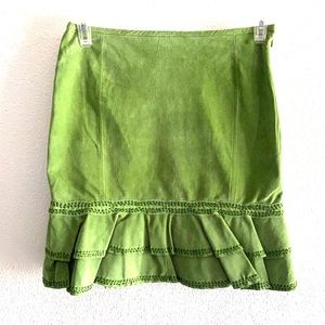 In Suede apparel green suede leather skirt size 6
